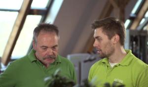 Standbild Produktfilm salvea Wirbelsäulentraining